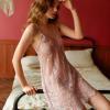 Đầm ngủ ren xuyên thấu cùng quần lót nữ gợi cảm - Màu Đỏ, Đen, Xám, Hồng tím Free size - Lôi cuốn chàng trai của bạn - vay-ngu-ren-sexy-tk1862-5.jpg