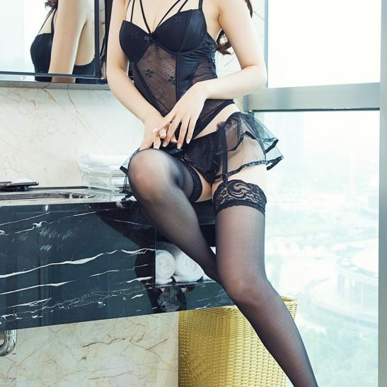 Áo lót nữ gồm quần lót nữ không đáy + kẹp vớ nhỏ nhắn + quần tất / vớ gợi tình - Ảnh 2