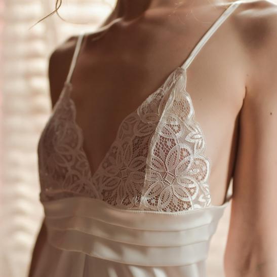 Váy ngủ lụa cao cấp ngực phối ren quyến rủ - Ảnh 8