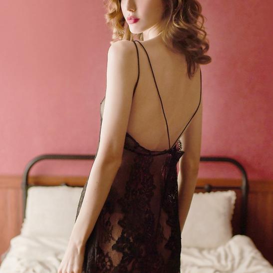 Đầm ngủ ren xuyên thấu cùng quần lót nữ gợi cảm - Ảnh 3