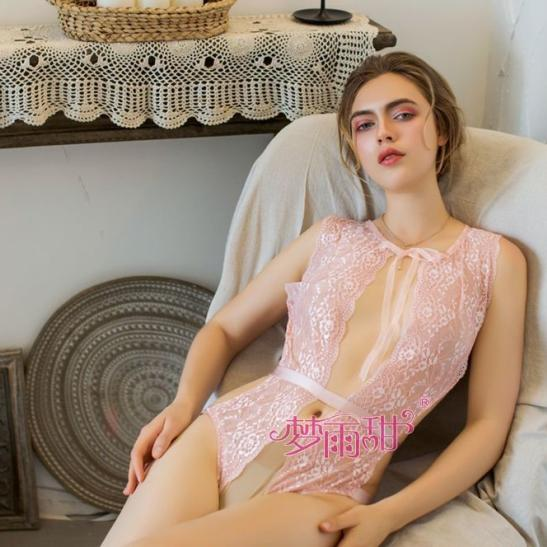 Váy ngủ bodysuit xẻ ngực sâu vải ren trong suốt - Ảnh 2