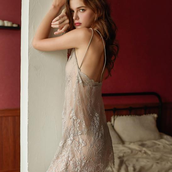 Đầm ngủ ren xuyên thấu cùng quần lót nữ gợi cảm - Ảnh 7