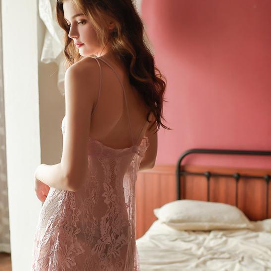 Đầm ngủ ren xuyên thấu cùng quần lót nữ gợi cảm - Ảnh 6