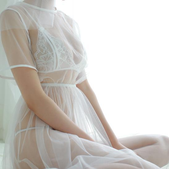 Đầm ngủ cô dâu trắng trong suốt - Ảnh 2