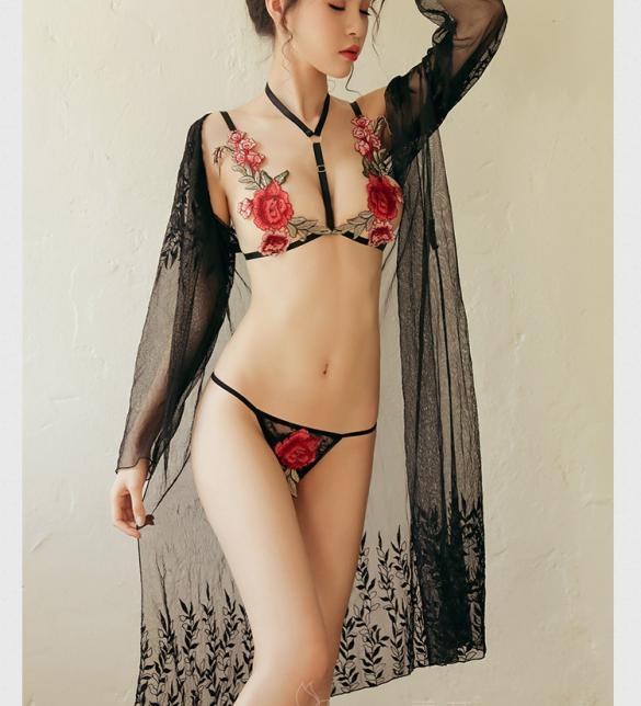 Bộ đồ lót sexy thêu hoa