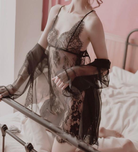 Váy ngủ trong suốt gồm quần lót nữ đẹp nhất - Màu Đen Free size - Khiến chàng gần lại bạn hơn - ao-choang-ngu-vay-ngu-ren-mong-sexy-tk3098-1.jpg