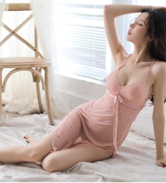 Váy ngủ ren thun mềm mại kèm quần lót lọt khe nóng bỏng - Màu Hồng Free size - Thăng hoa cùng người ấy - tk1768-dam-ngu-goi-cam-diu-dang-5.jpg