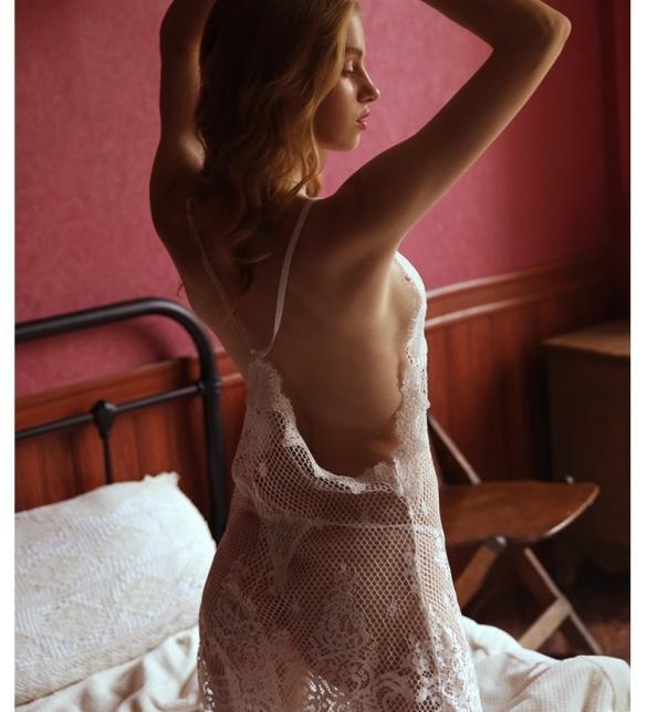 Váy ngủ ren lưới sexy cùng quần lót lọt khe nóng bỏng - Màu Trắng, Đen Free size - Quyến rũ chết người - tk1991-dam-ngu-ren-goi-cam-10.jpg